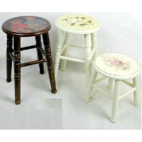 Dining stool of large size