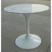 Tulip Marble Table of 60cm in diameter