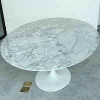 Tulip Marble Table of 120cm in diameter