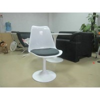 Tulip chair without arms in Fiberglass material