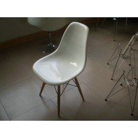 DSW Eames Style dining side chair wooden legs base, made in fiber glass