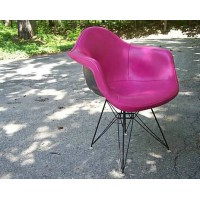 DAR Eames Style armed dining Chair padded with steel legs base