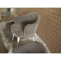 Saarinen Executive Chair in gray fabric
