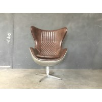Egg chair in aluminium shell
