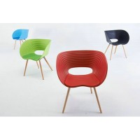 Plastic Tom Vac Chair